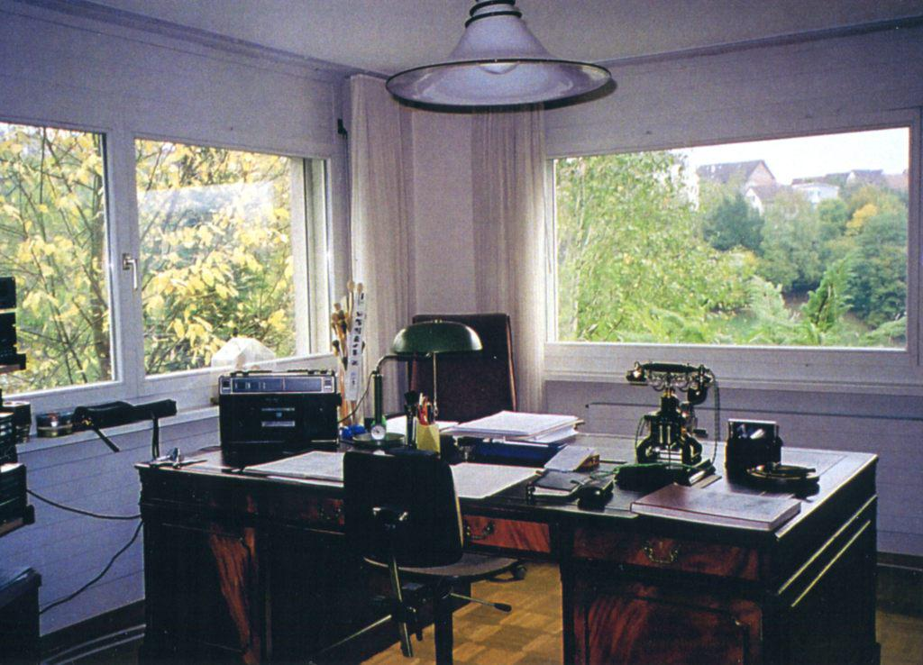 Barshai's desk in his home in Ramlinsburg, Switzerland