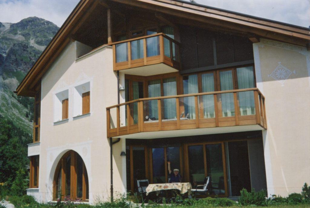 Дом Рудольфа и Елены Баршай в Sils Maria в Энгадине, Швейцария в 2000–2006 гг. В этом доме   Рудольф Баршай заканчивал свою версию реконструкции Симфонии Малера №10