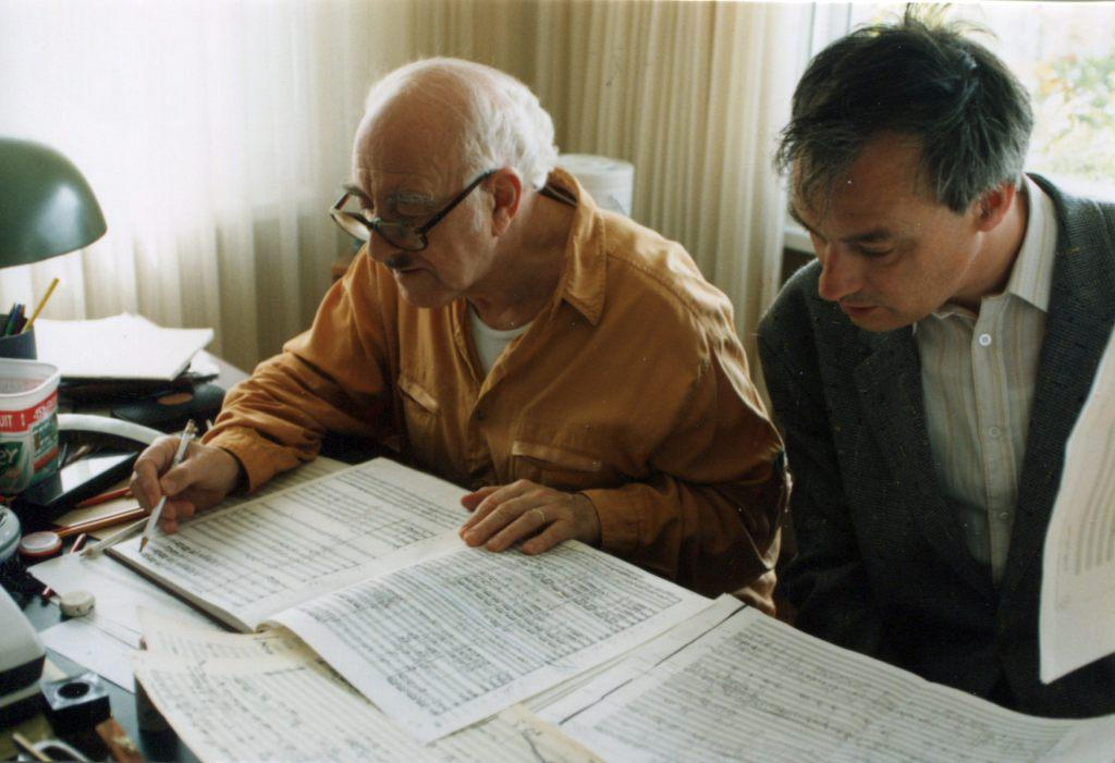 Rudolf Barshai and Franz Bouwman, the great expert of   Gustav Mahler Symphony No.10, are working at the score. Ramlinsburg, 1999